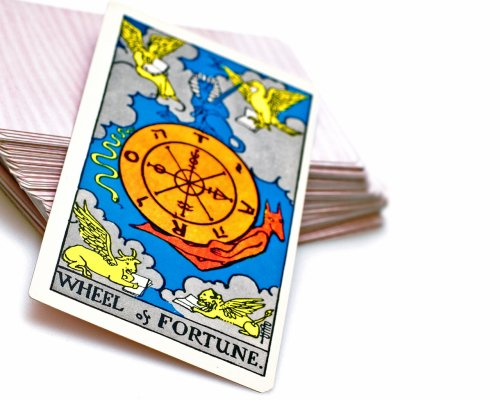 Image shamelessly stolen from http://wallpapers.free-review.net/21__Tarot_Cards.htm